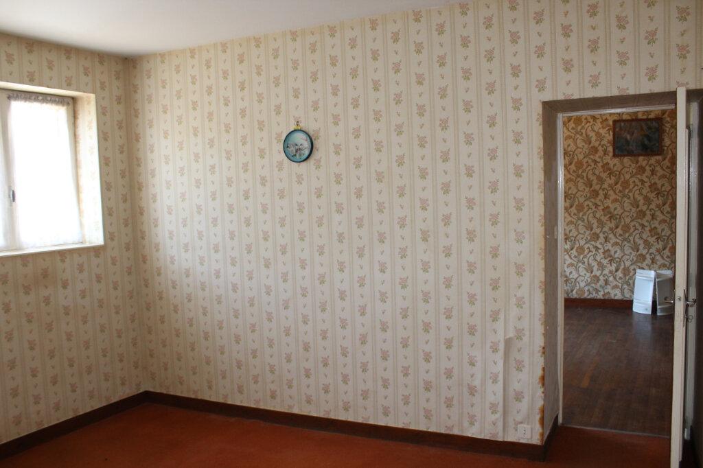 Maison à vendre 8 182.9m2 à Saint-Priest-Taurion vignette-10