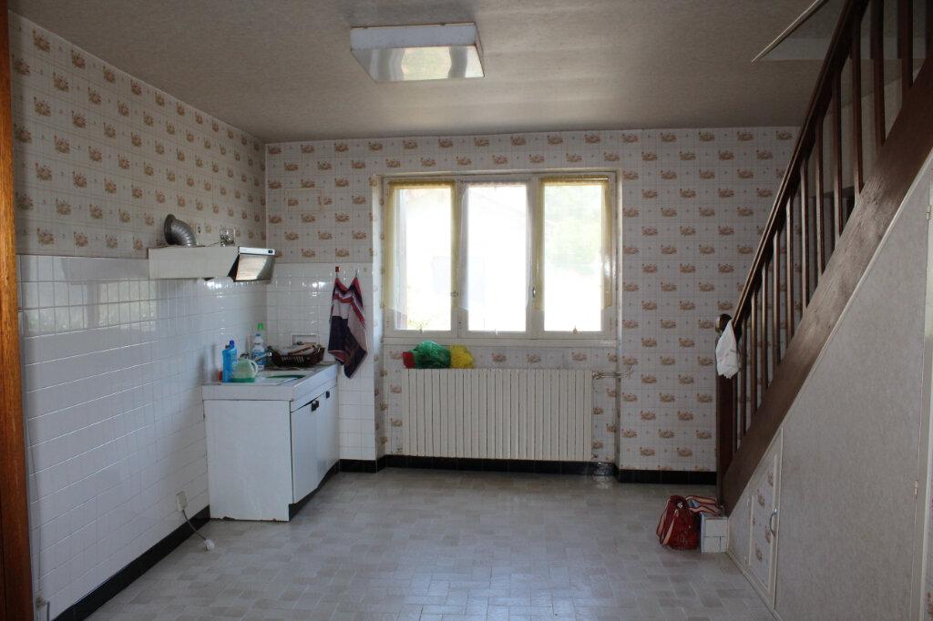 Maison à vendre 8 182.9m2 à Saint-Priest-Taurion vignette-12