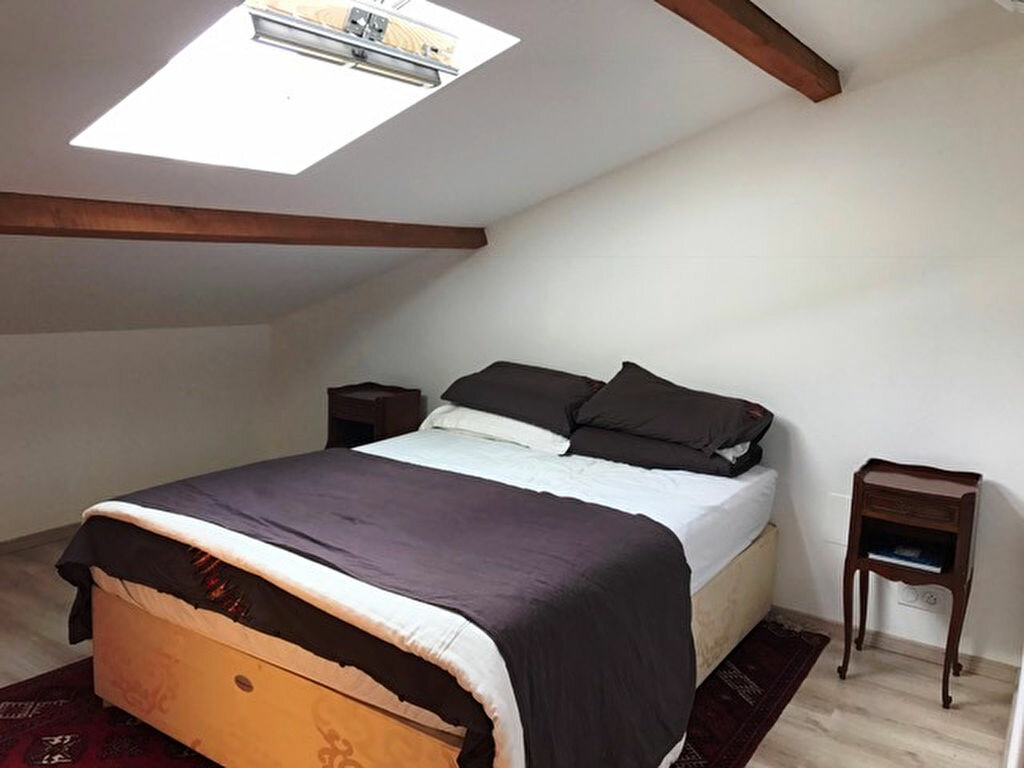 Appartement à louer 3 68m2 à Grenade vignette-3