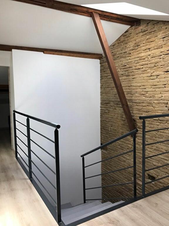 Appartement à louer 3 68m2 à Grenade vignette-4