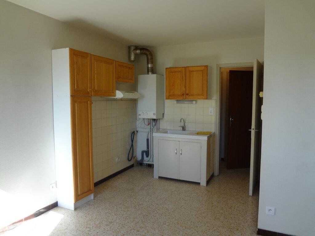 Appartement à louer 2 35m2 à Grenade vignette-2