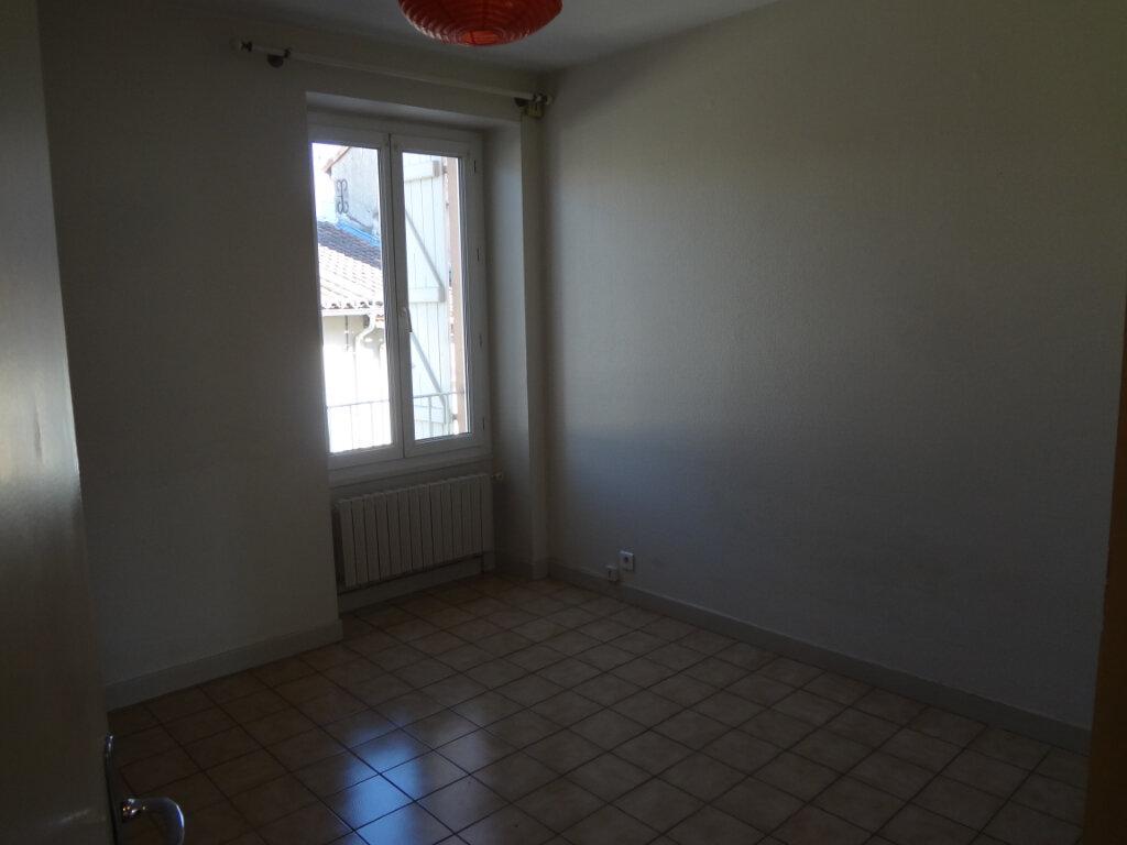 Appartement à louer 2 35m2 à Grenade vignette-4