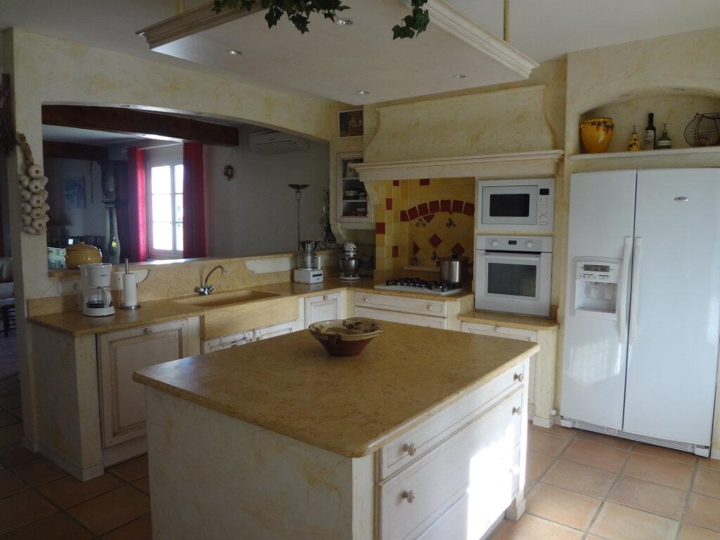 Maison à vendre 8 240m2 à Beaumont-de-Lomagne vignette-1