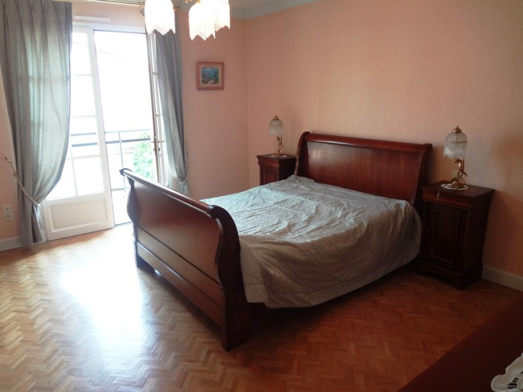 Maison à vendre 6 225m2 à Grenade vignette-4