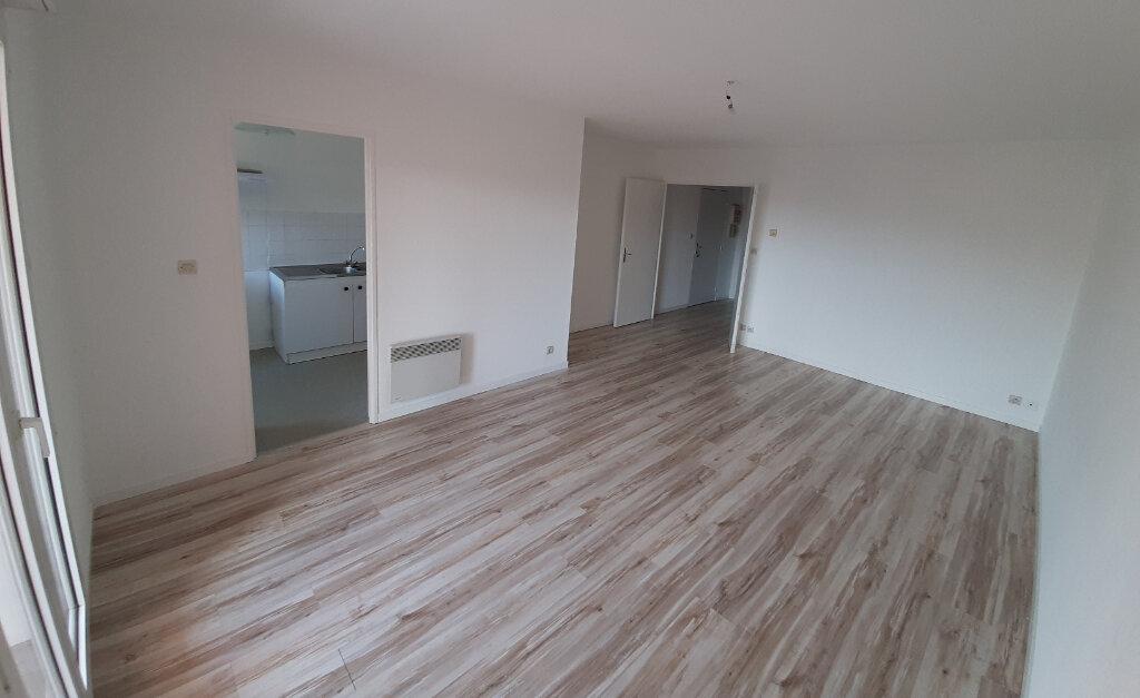 Appartement à louer 3 71.85m2 à Toulouse vignette-2