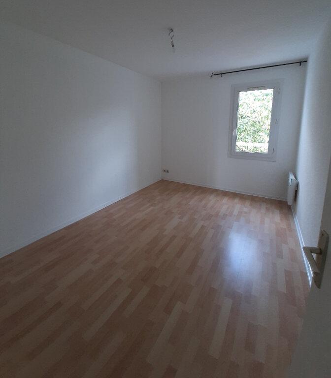 Appartement à louer 3 71.85m2 à Toulouse vignette-6