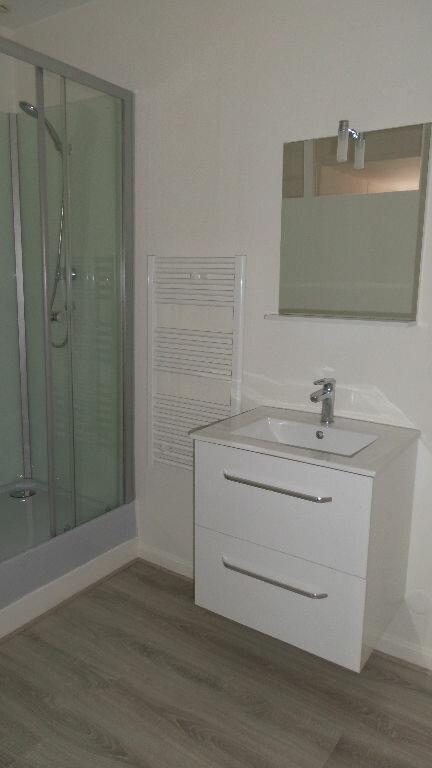 Appartement à louer 3 56m2 à Bayonne vignette-4