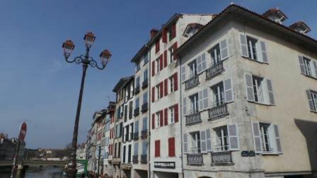 Appartement à louer 2 48.14m2 à Bayonne vignette-1