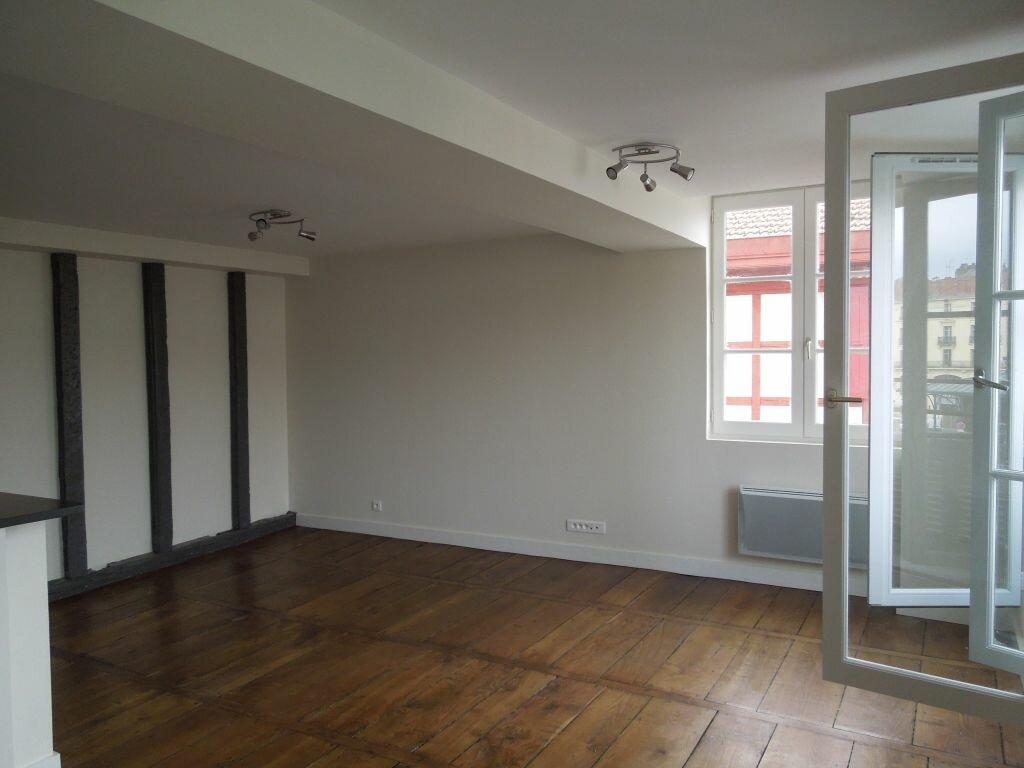Appartement à louer 2 48.14m2 à Bayonne vignette-7