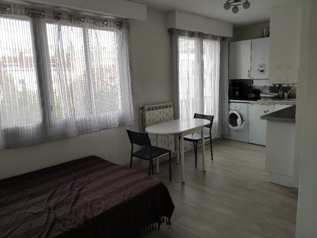 Appartement à louer 1 21m2 à Bayonne vignette-2