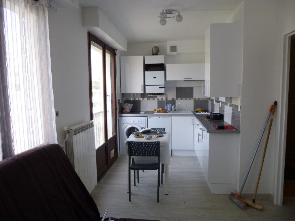Appartement à louer 1 21m2 à Bayonne vignette-7