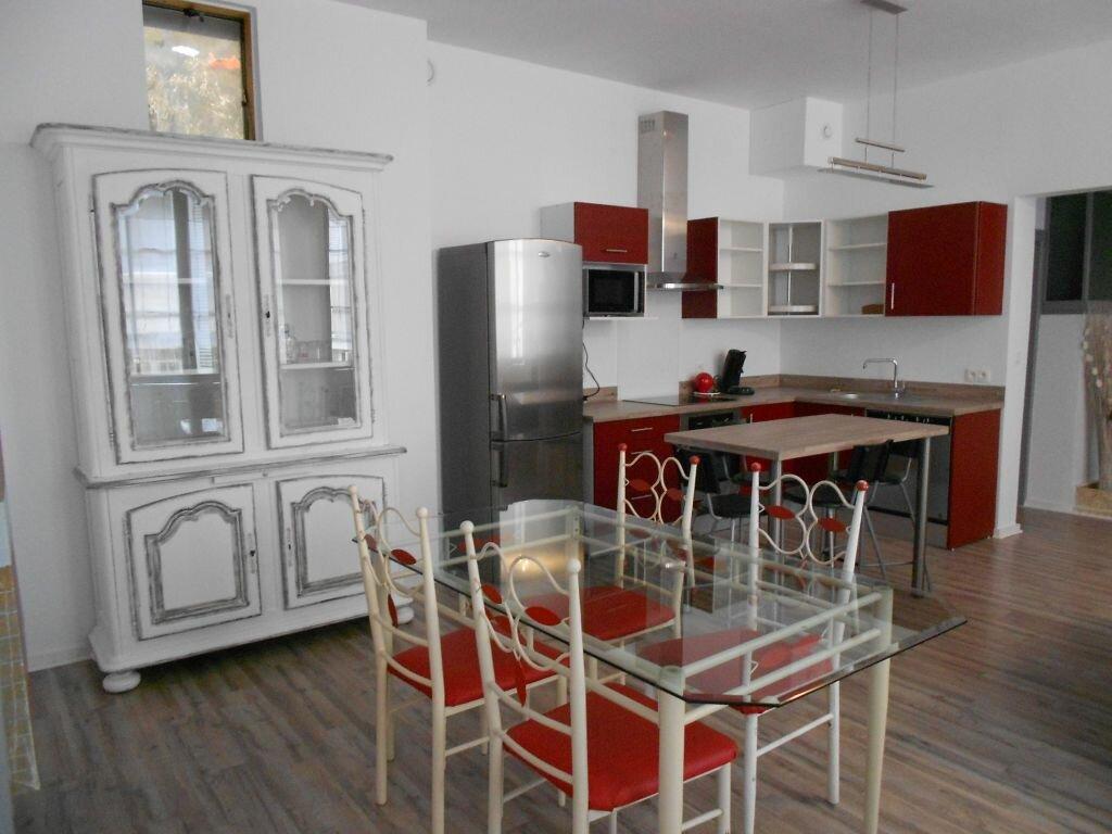 Appartement à louer 3 73m2 à Bayonne vignette-1
