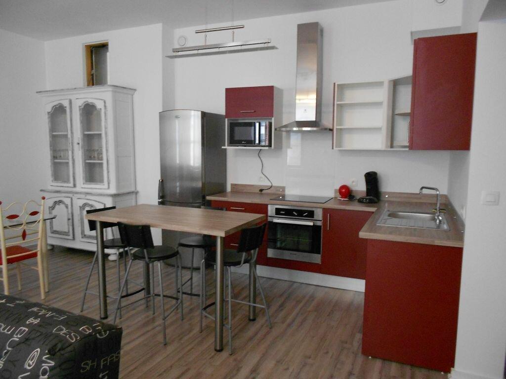 Appartement à louer 3 73m2 à Bayonne vignette-3