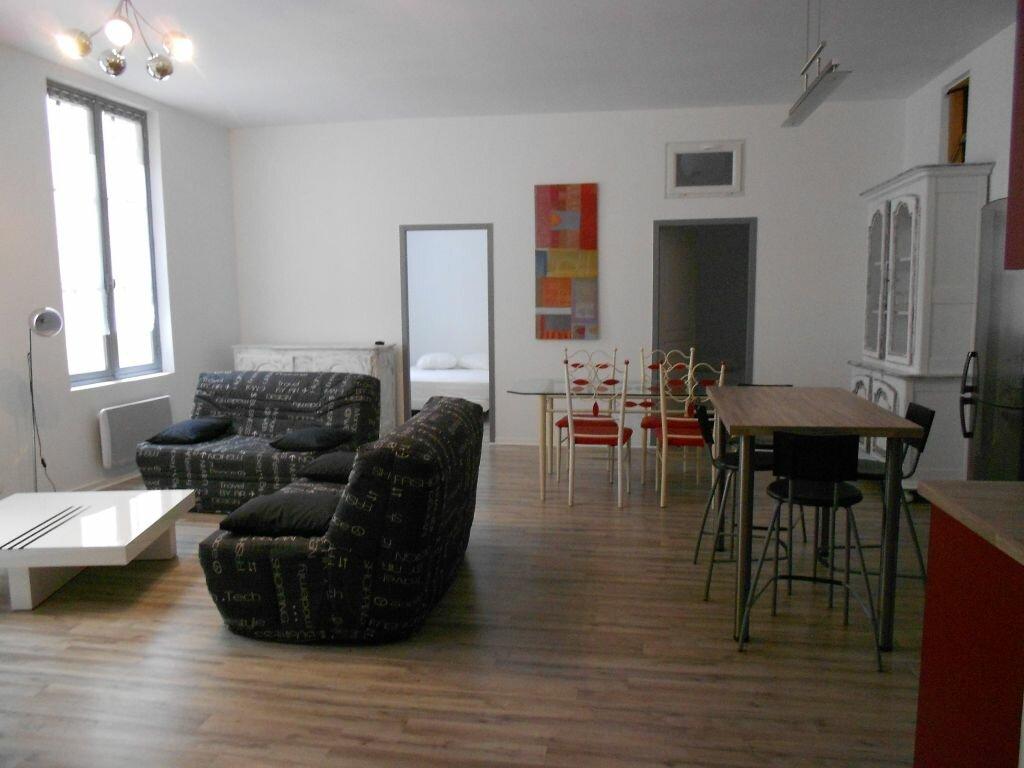 Appartement à louer 3 73m2 à Bayonne vignette-4