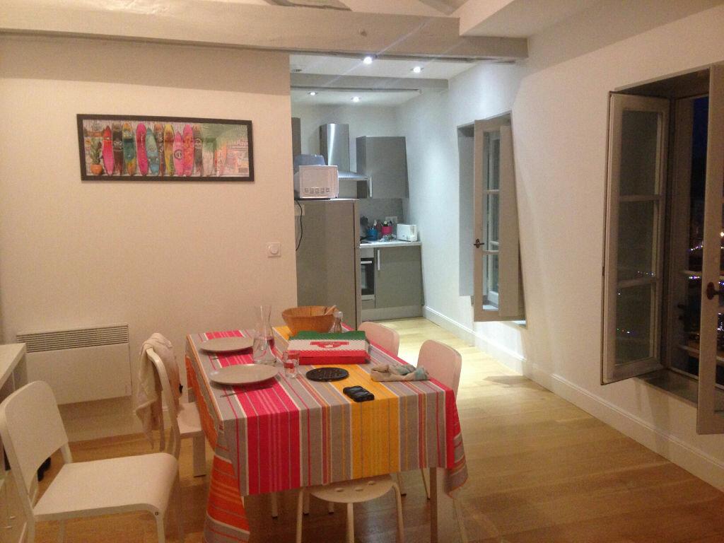 Appartement à louer 4 72m2 à Bayonne vignette-3