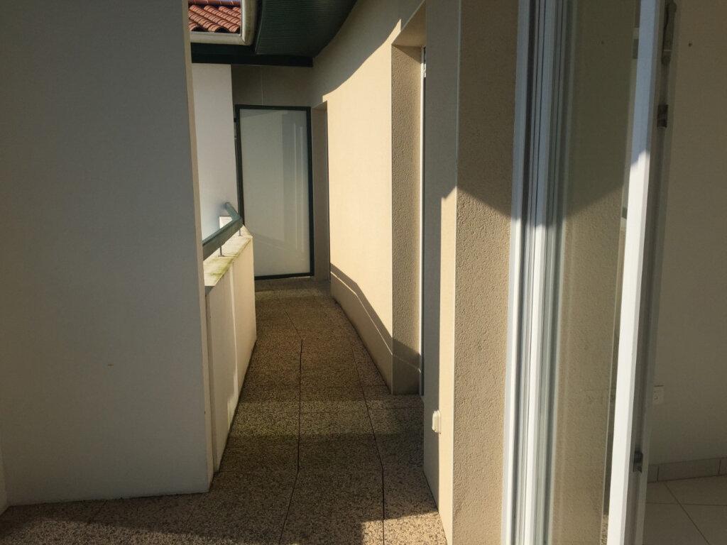 Appartement à louer 3 64m2 à Bayonne vignette-10