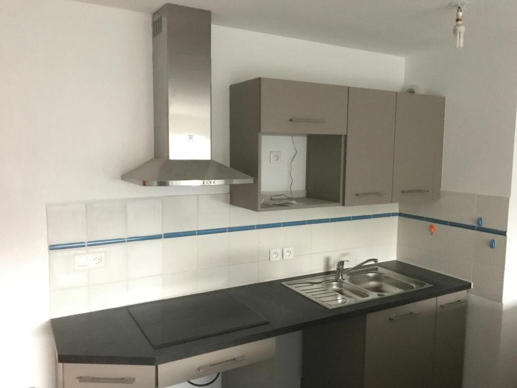 Appartement à louer 4 91m2 à Saint-Martin-de-Seignanx vignette-1