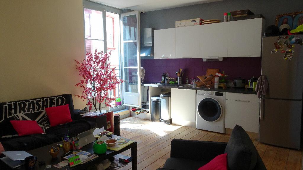 Appartement à louer 3 65m2 à Bayonne vignette-2