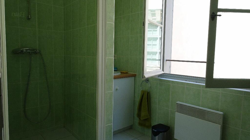 Appartement à louer 3 65m2 à Bayonne vignette-6