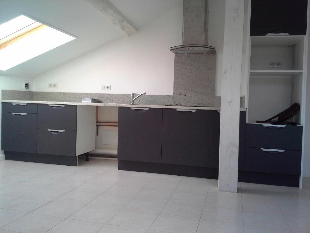 Appartement à louer 3 54m2 à Hasparren vignette-3