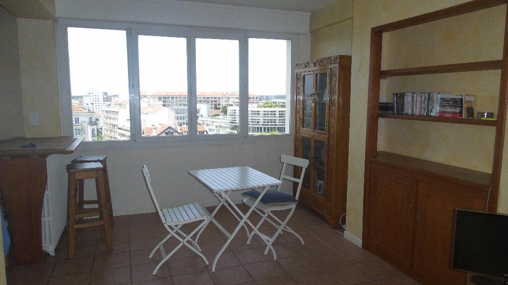 Appartement à louer 2 48m2 à Bayonne vignette-3