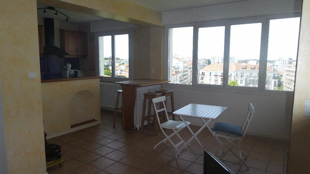 Appartement à louer 2 48m2 à Bayonne vignette-6