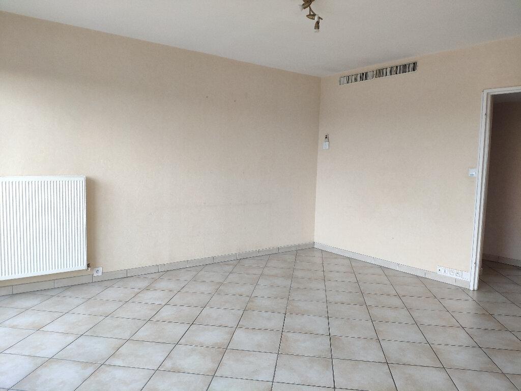 Appartement à louer 4 83m2 à Saint-Pierre-d'Irube vignette-1