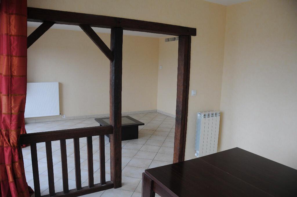 Appartement à louer 4 83m2 à Saint-Pierre-d'Irube vignette-3