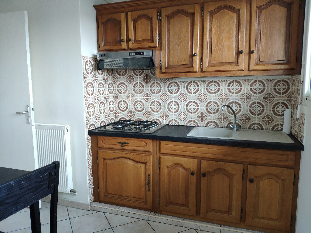 Appartement à louer 4 83m2 à Saint-Pierre-d'Irube vignette-5