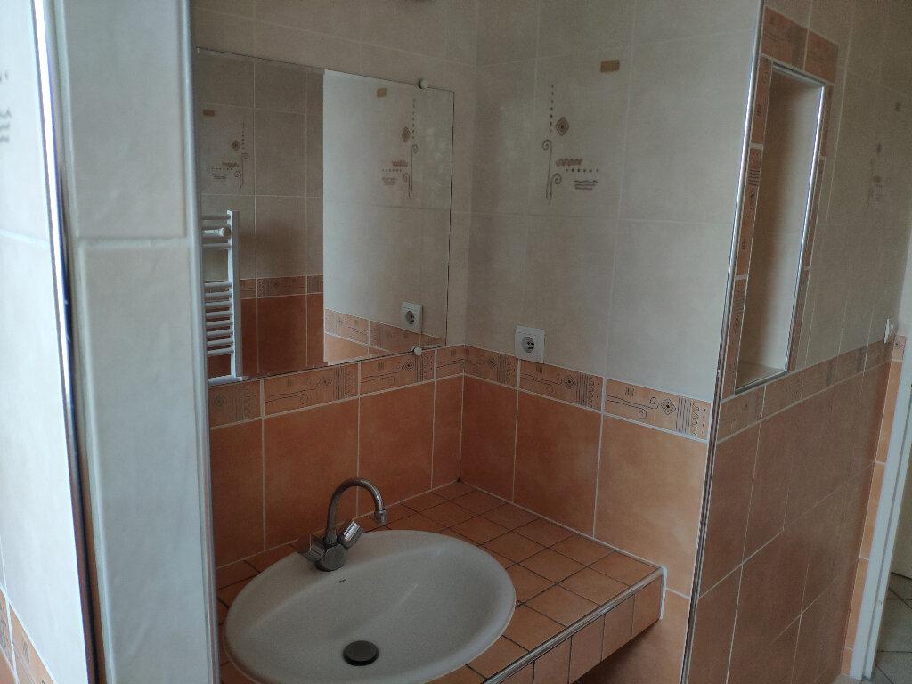 Appartement à louer 4 83m2 à Saint-Pierre-d'Irube vignette-9