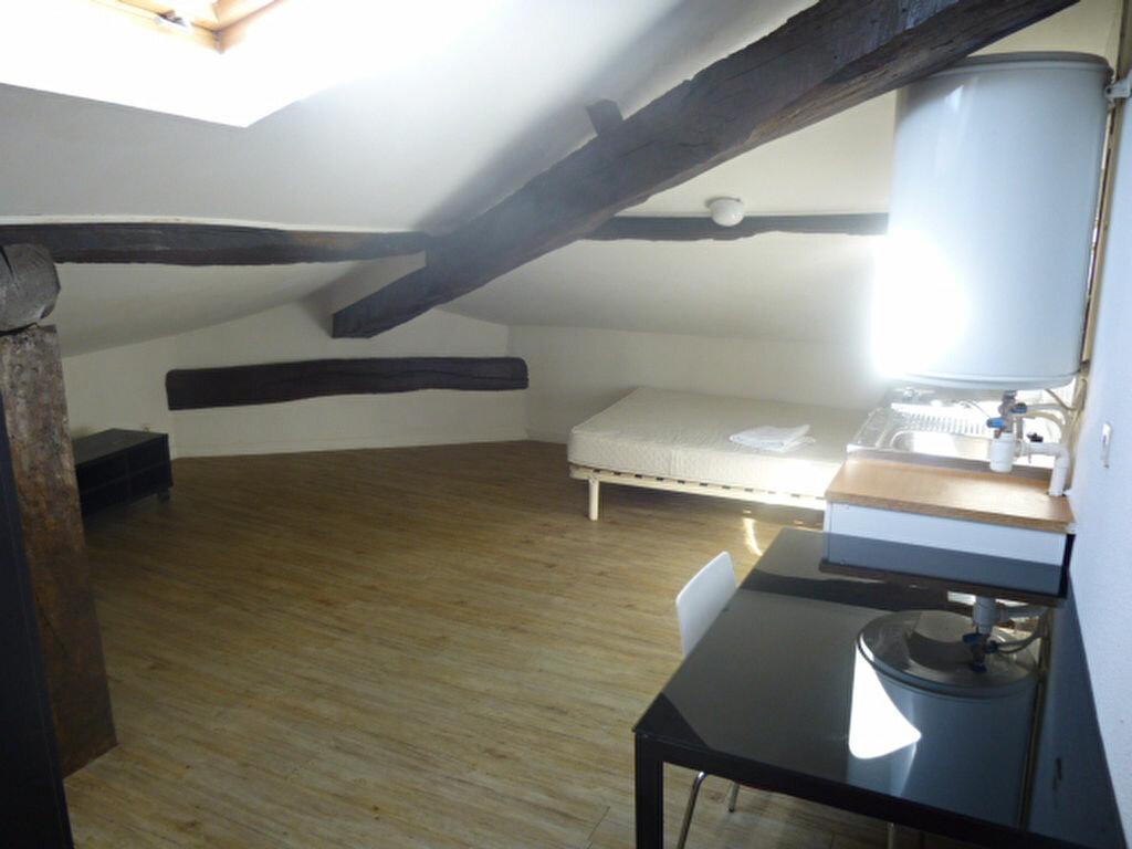 Appartement à louer 1 20m2 à Bayonne vignette-1