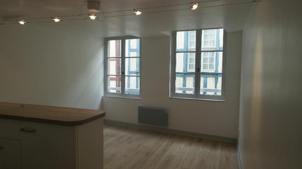Appartement à louer 2 32m2 à Bayonne vignette-3