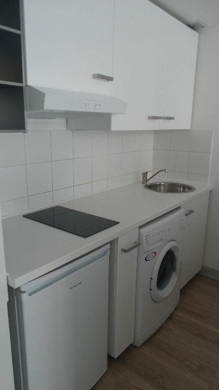 Appartement à louer 2 32m2 à Bayonne vignette-4