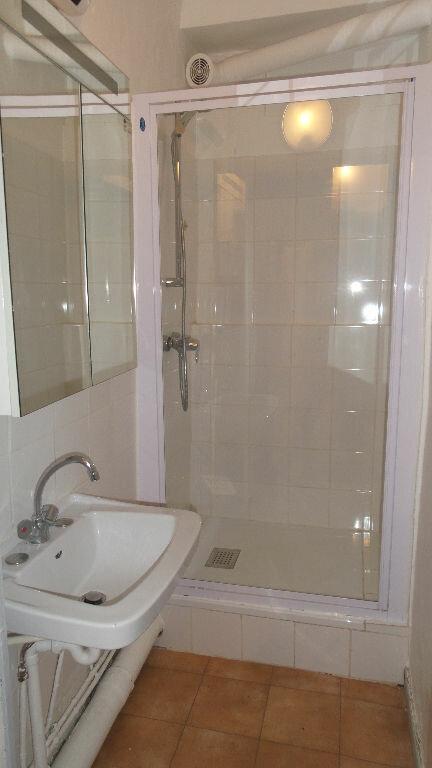 Appartement à louer 3 72m2 à Bayonne vignette-4