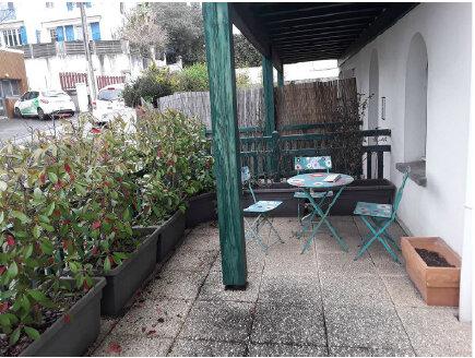 Appartement à louer 1 33m2 à Bayonne vignette-7