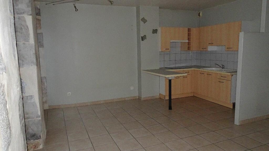 Appartement à louer 2 55m2 à Bayonne vignette-2