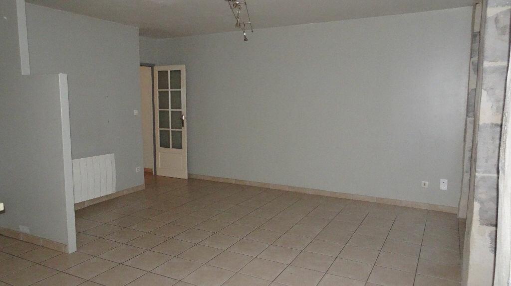 Appartement à louer 2 55m2 à Bayonne vignette-4
