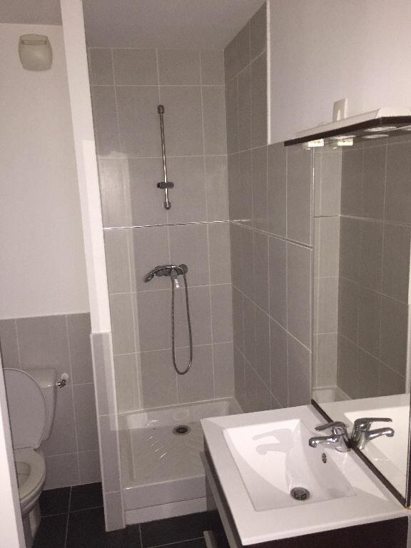 Appartement à louer 2 43m2 à Bayonne vignette-3
