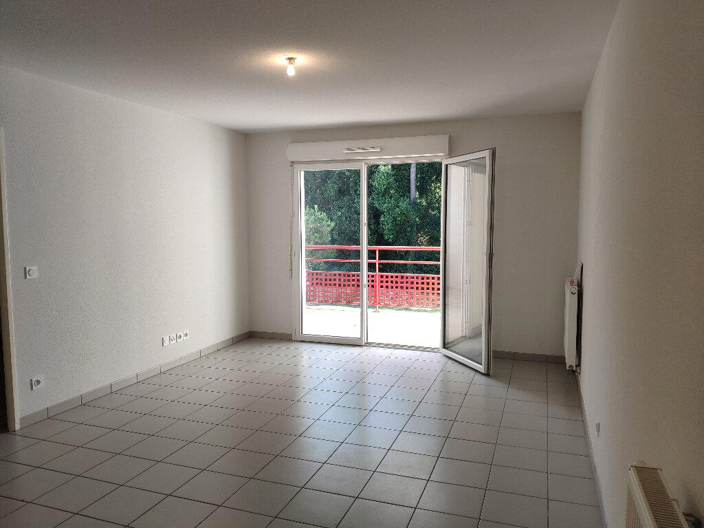 Appartement à louer 2 45m2 à Boucau vignette-1
