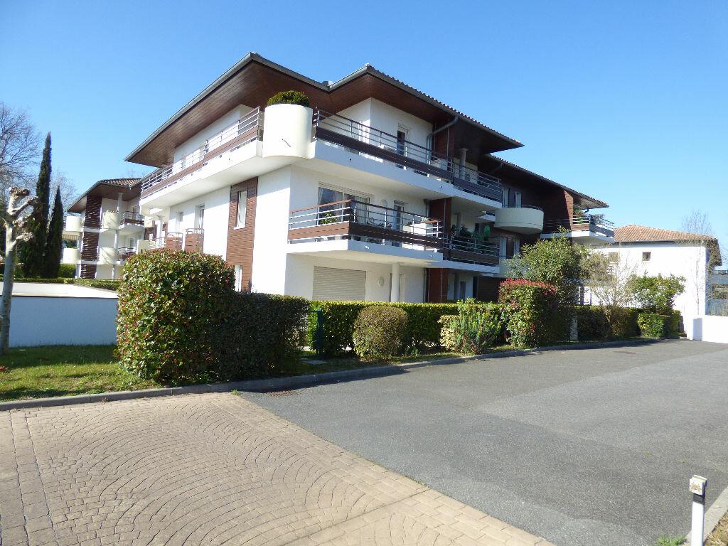 Appartement à louer 3 75m2 à Bayonne vignette-2