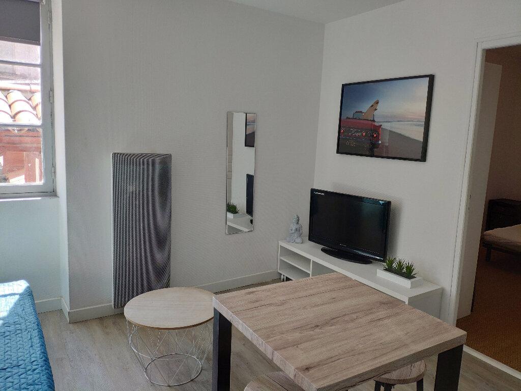 Appartement à louer 3 37m2 à Bayonne vignette-1