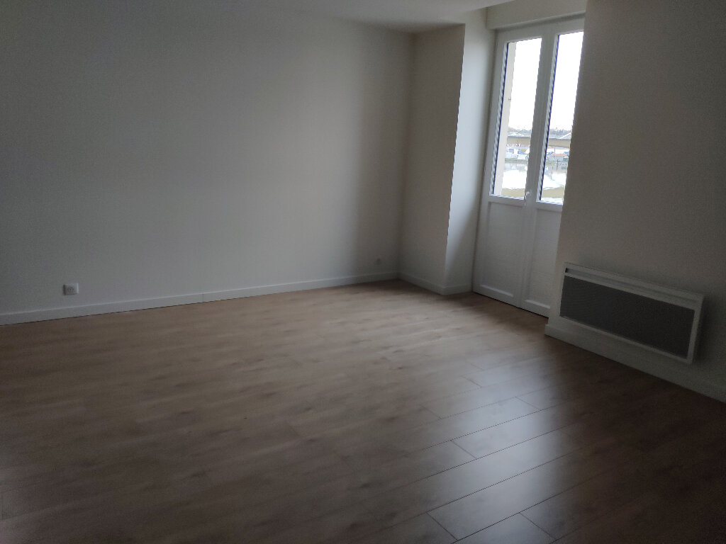 Appartement à louer 3 52m2 à Bayonne vignette-2