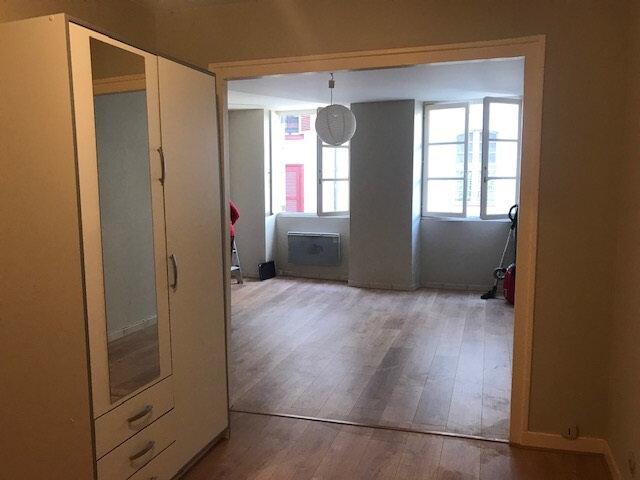 Appartement à louer 1 48m2 à Bayonne vignette-3