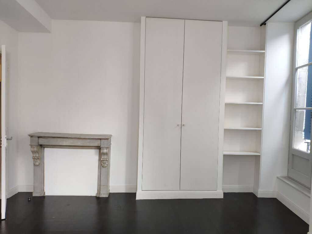 Appartement à louer 4 83m2 à Bayonne vignette-3