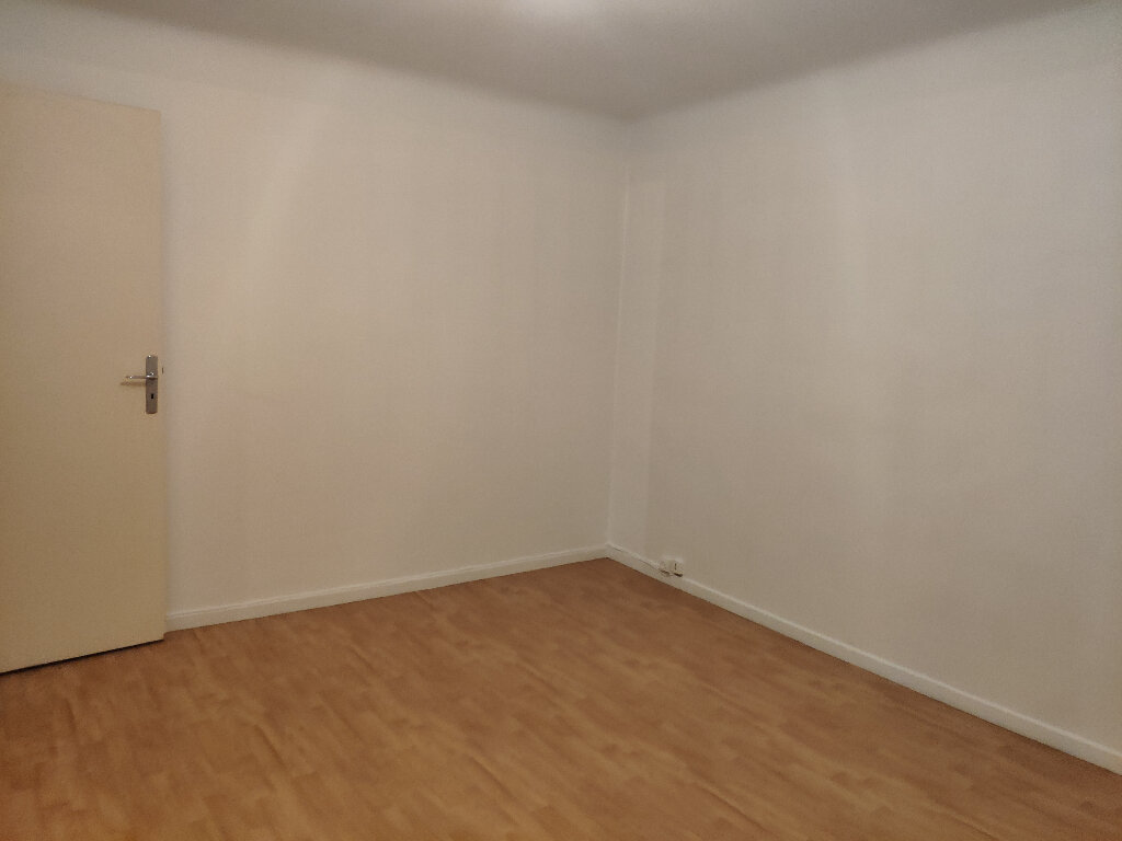 Maison à louer 6 167m2 à Bayonne vignette-9