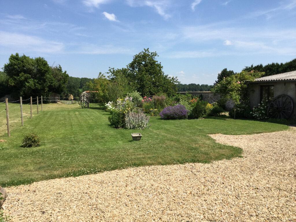 Maison à vendre 6 170m2 à Bussières vignette-3