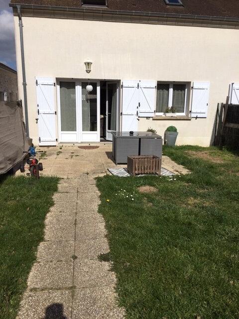 Maison à louer 3 67.5m2 à Presles-en-Brie vignette-1