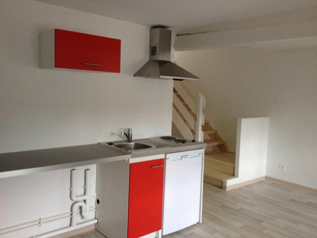 Appartement à louer 2 35.71m2 à Montceaux-lès-Meaux vignette-1