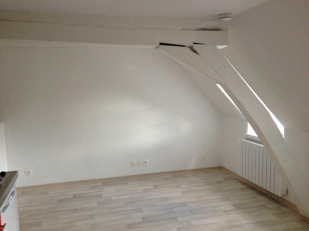 Appartement à louer 2 35.71m2 à Montceaux-lès-Meaux vignette-2