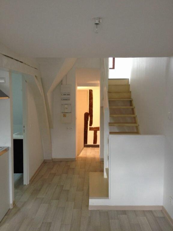 Appartement à louer 2 35.71m2 à Montceaux-lès-Meaux vignette-3